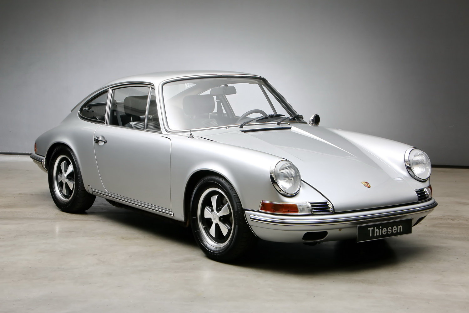 1970 911T 2.2 Ltr. Coup - Individualumbau - For Sale (picture 3 of 12)