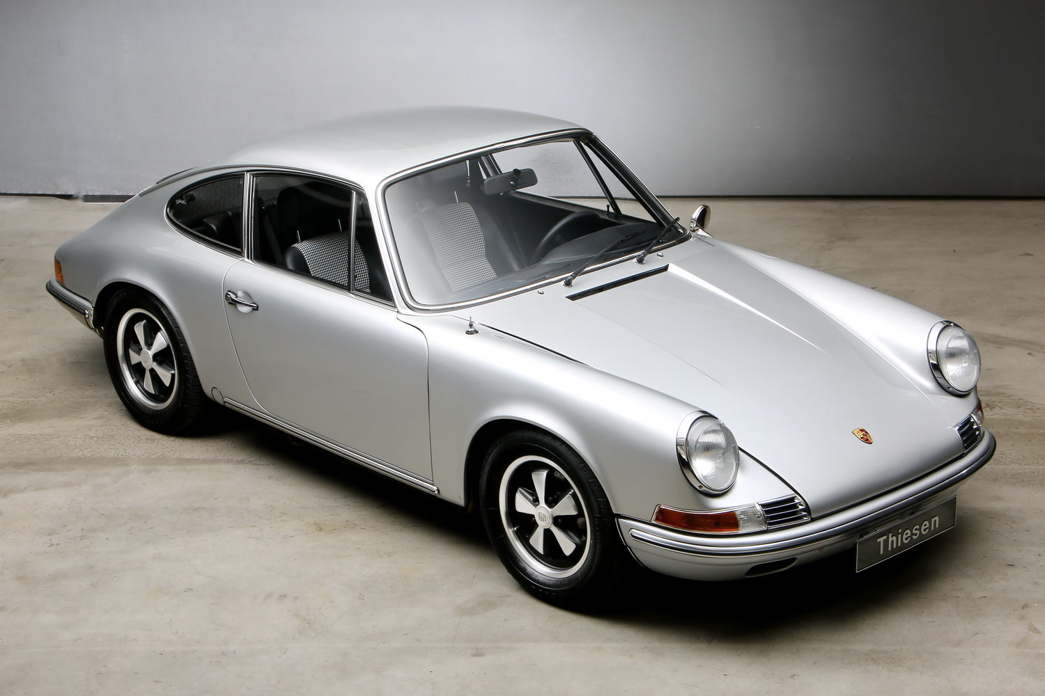 1970 911T 2.2 Ltr. Coup - Individualumbau - For Sale (picture 4 of 12)