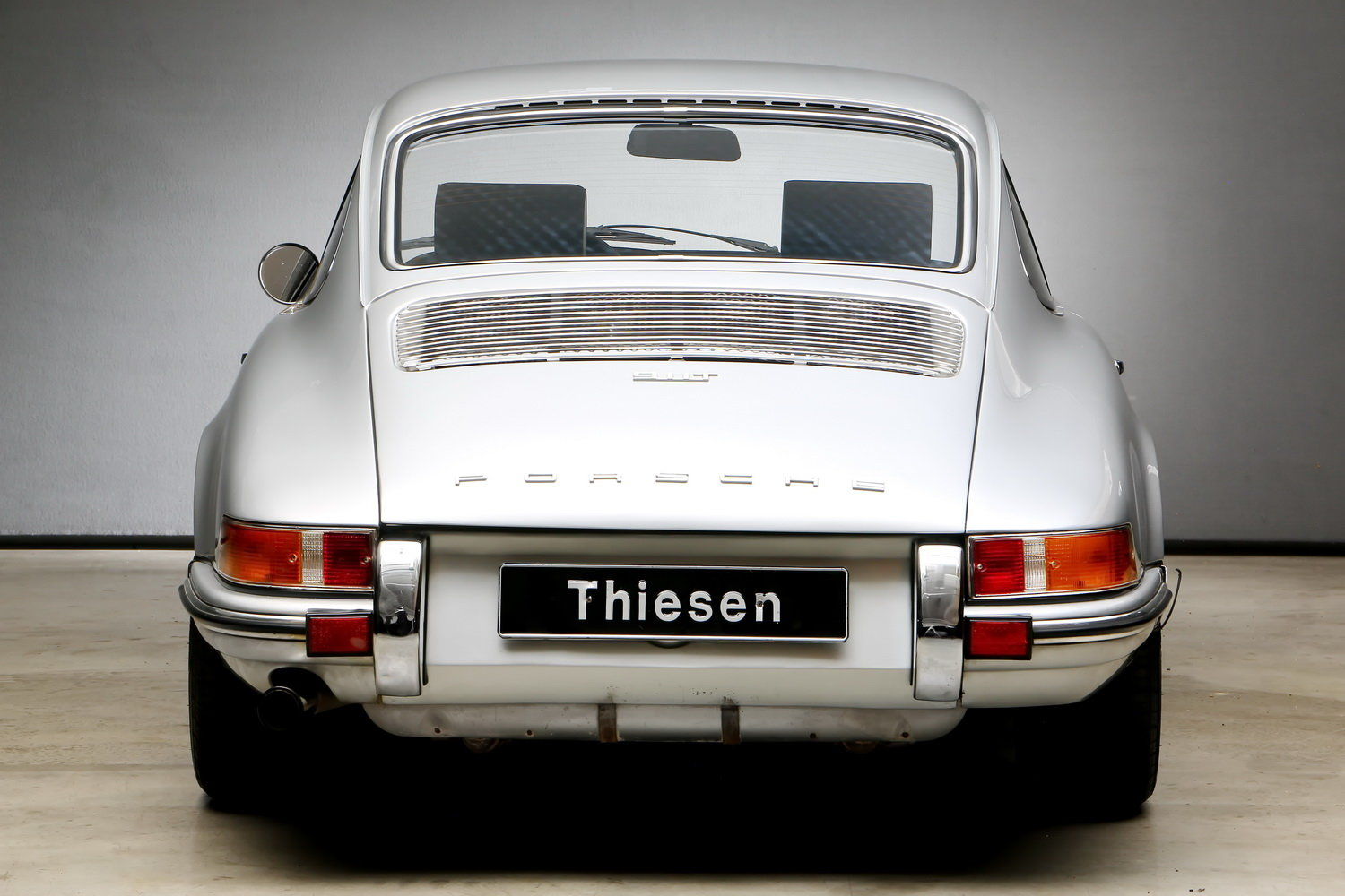 1970 911T 2.2 Ltr. Coup - Individualumbau - For Sale (picture 12 of 12)