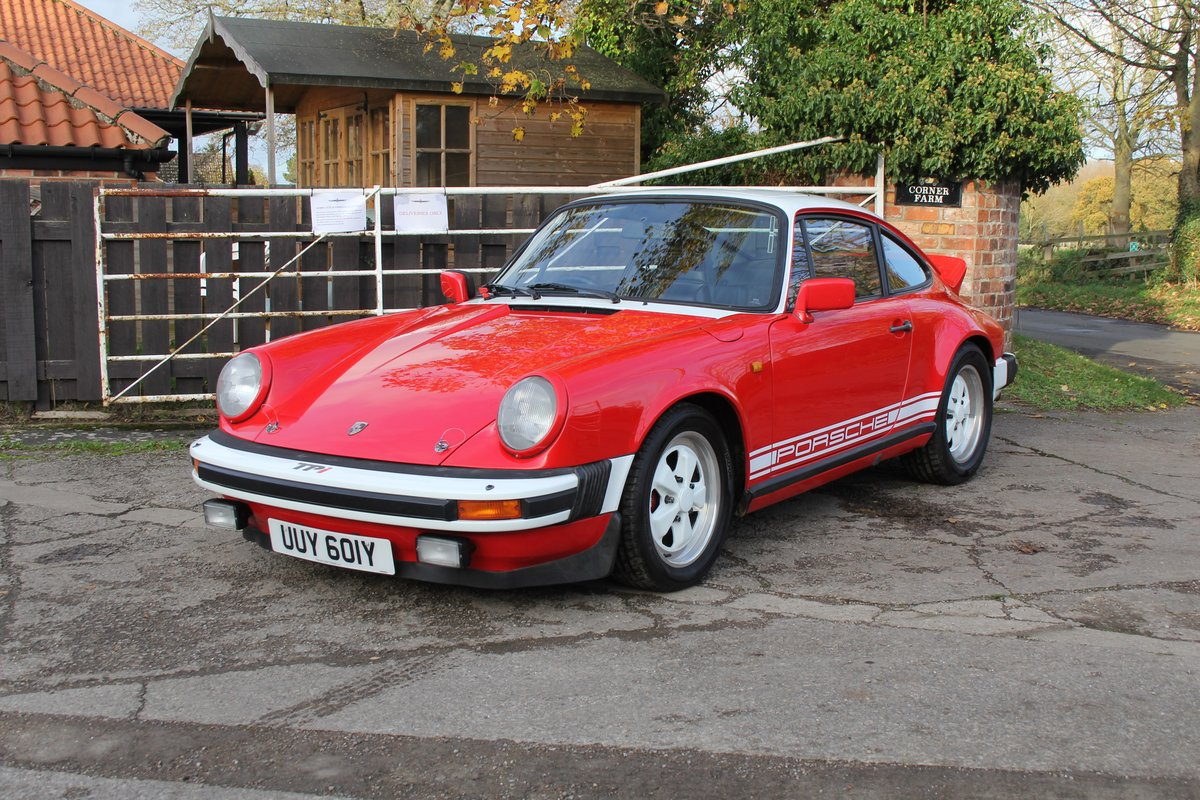1983 Porsche 911 SC SOLD (picture 3 of 19)