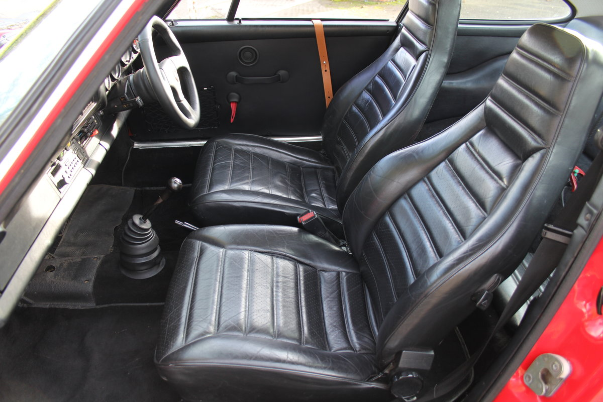 1983 Porsche 911 SC SOLD (picture 11 of 19)