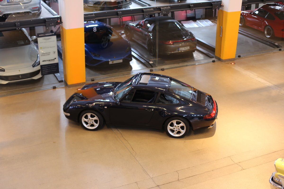 1994 Last of the air-cooled Porsche 911 Carrera (993) Coupe Tiptr For Sale (picture 3 of 12)
