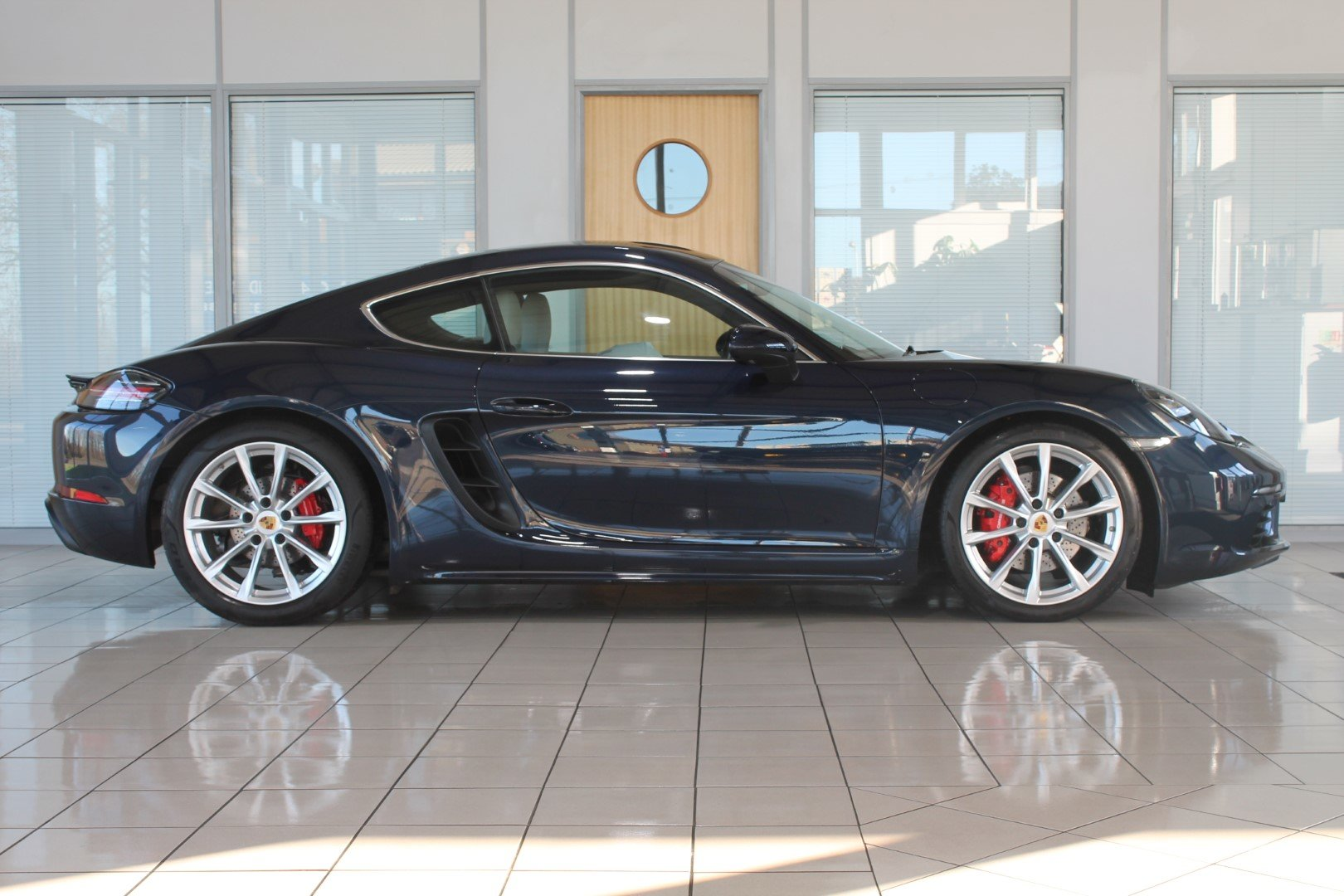 2016 Porsche Cayman (718) 2.5 S PDK - NOW SOLD - MORE REQUIRED For Sale (picture 3 of 12)