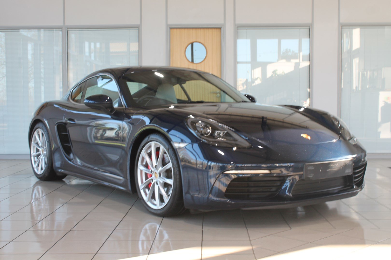 2016 Porsche Cayman (718) 2.5 S PDK - NOW SOLD - MORE REQUIRED For Sale (picture 4 of 12)
