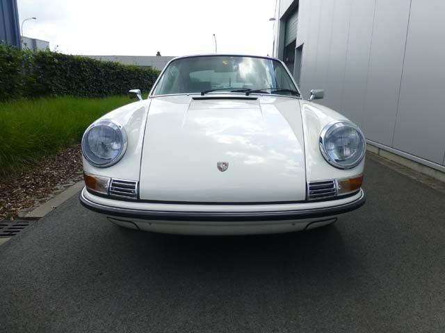 1969 Porsche 911 Karmann coupe For Sale (picture 2 of 20)