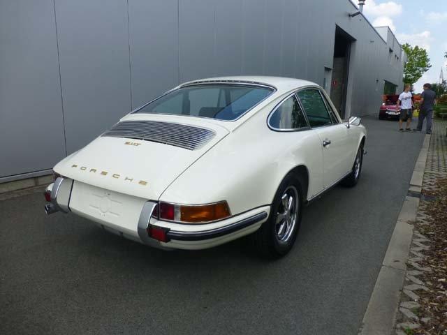 1969 Porsche 911 Karmann coupe For Sale (picture 4 of 20)