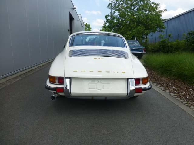 1969 Porsche 911 Karmann coupe For Sale (picture 5 of 20)