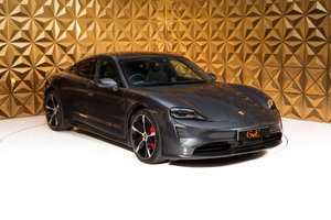 Picture of 2020 Porsche Taycan 4S Performance For Sale