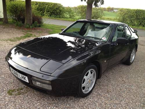 1989 PORSCHE 944 S2 Turbo Ventiler all models REQUIRED For Sale (picture 1 of 1)