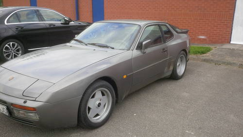 1985 Porsche 944 Turbo series 1 lhd non sunroof For Sale (picture 3 of 4)
