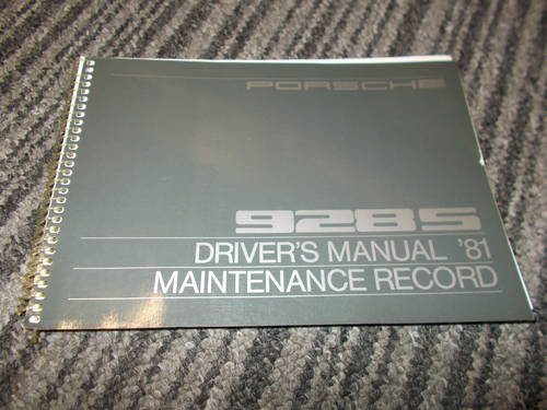 0000 porsche 928 s handbook service book For Sale (picture 1 of 4)
