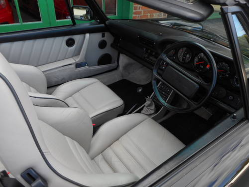 1989 Porsche 911 Carrera SuperSport Turbo Body Cabriolet  For Sale (picture 4 of 4)