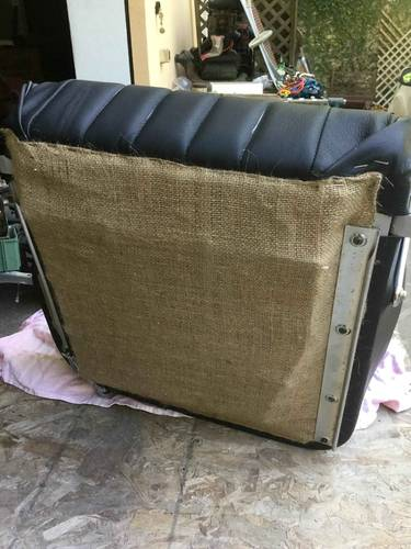 Porsche 356 seats & panels connoly leather For Sale (picture 4 of 6)