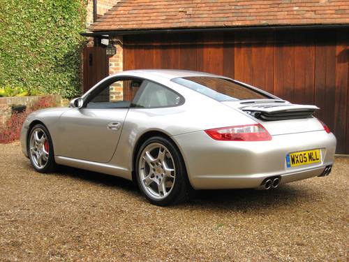 2005 Porsche 911 (997) 3.8 Carrera S 6-Speed Manual For Sale (picture 5 of 6)