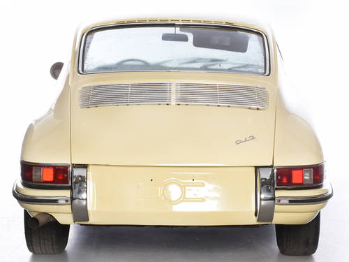 Porsche 912 1965 Champagne Yellow Coupe LHD Manual Black  For Sale (picture 5 of 6)