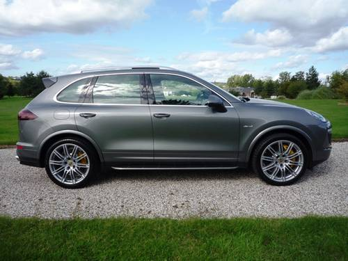 2015 Porsche Cayenne S Diesel - Gry/Blk - 1 Owner (VAT Q) For Sale (picture 3 of 6)