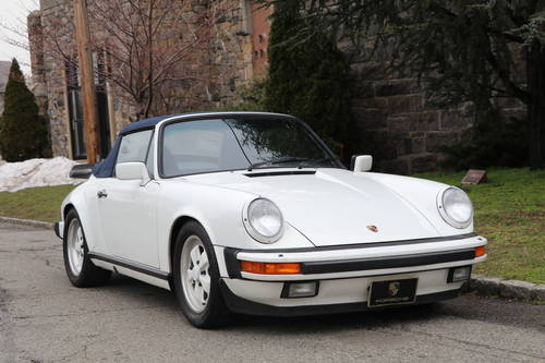 1987 Porsche 911 ​​Carrera cabriolet For Sale (picture 1 of 5)