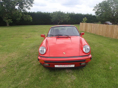 Porsche 911 Wanted Wanted (picture 2 of 2)