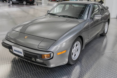 1986 Porsche 944 For Sale (picture 1 of 6)