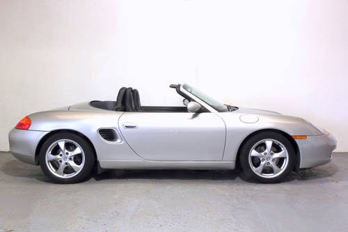 2001 Porsche Boxster 2.7 Tiptronic, very low mileage SOLD (picture 2 of 6)