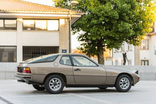 1982 Porsche 924 – 57.000Kms – Perfect Condition SOLD (picture 3 of 6)