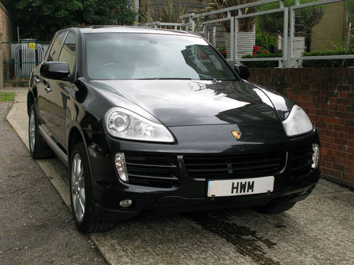 2008 PORSCHE CAYENNE S TIPTRONIC (BLACK METALLIC) For Sale (picture 1 of 6)