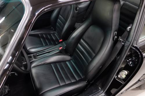 1990 Porsche 911 3.6 Carrera 4 Coupe, only 32.981 km! For Sale (picture 2 of 6)
