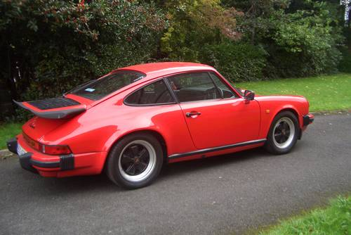 1985 Porsche 911  Carrera 3.2  Guards Red Manal 5 Speed . SOLD (picture 5 of 6)