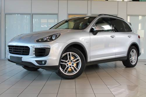 2014/64 Porsche Cayenne 3.0D V6 Tiptronic S SOLD (picture 1 of 6)