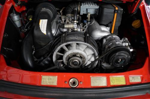 PORSCHE 911 3.2 Carrera Convertible top condition ! (1986) For Sale (picture 5 of 6)