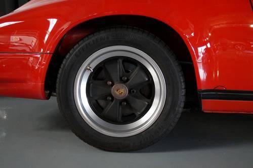PORSCHE 911 3.2 Carrera Convertible top condition ! (1986) For Sale (picture 6 of 6)