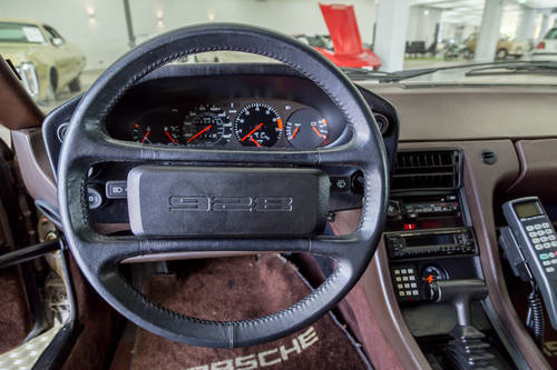 1982 Porsche 928 LHD *11 may* CLASSICBID AUCTION For Sale by Auction (picture 6 of 6)
