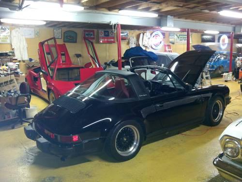 1984 Porsche 911 Targa  SOLD (picture 3 of 6)