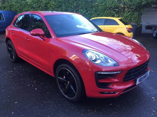 £45,995 : 2017 PORSCHE MACAN S TURBO DIESEL 8000 miles For Sale (picture 1 of 6)
