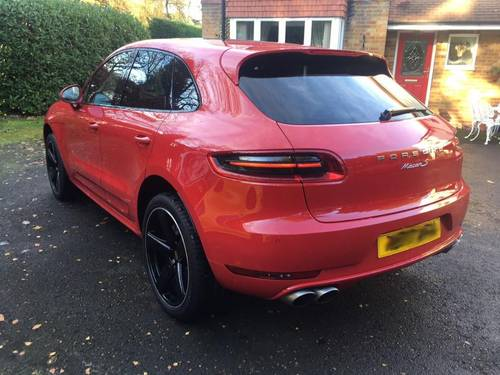 £45,995 : 2017 PORSCHE MACAN S TURBO DIESEL 8000 miles For Sale (picture 3 of 6)