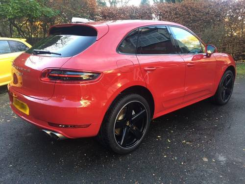 £45,995 : 2017 PORSCHE MACAN S TURBO DIESEL 8000 miles For Sale (picture 4 of 6)