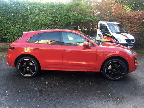£45,995 : 2017 PORSCHE MACAN S TURBO DIESEL 8000 miles For Sale (picture 5 of 6)