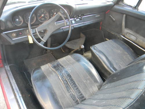 1970 Porsche 911T Targa Needs Restoration - SOLD (picture 4 of 6)