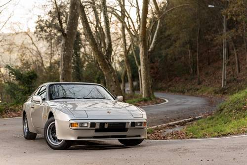 LHD 1984 Porsche 944 76.000Kms  SOLD (picture 1 of 6)