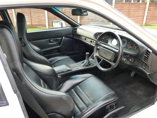 1990 Porsche 944 Turbo 250bhp, low mileage with full history For Sale (picture 3 of 6)