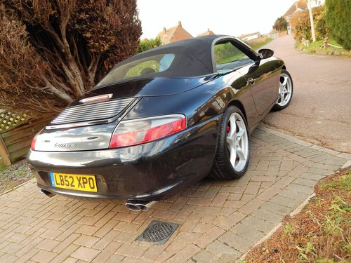 2002 LHD 996 Carrera 2 convertiblr 3.6 manual LOW MILEAGE --  SOLD (picture 6 of 6)