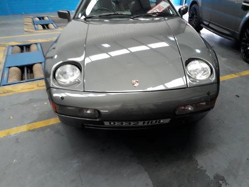 Porsche 928 S4 Auto (1986) For Sale (picture 2 of 6)