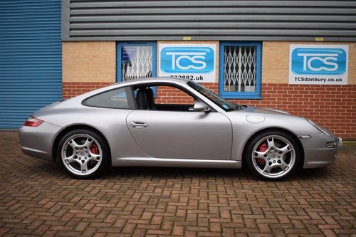2004 Porsche 911 (997) Carrera S 3.8i 355bhp Coupe 6-Speed SOLD (picture 3 of 6)