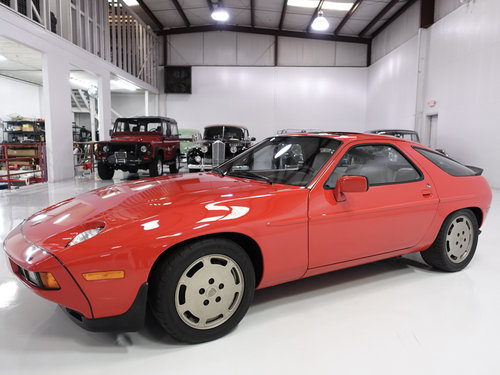 1986.5 Porsche 928S Sunroof Coupe For Sale (picture 1 of 6)