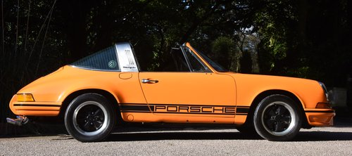 1971 PORSCHE 911 Targa  ( LHD  ) Delivered new by Porsche Cars UK For Sale (picture 2 of 6)
