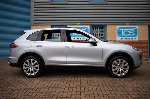 2015 Porsche Cayenne V6 Diesel Tiptronic S SOLD (picture 3 of 6)