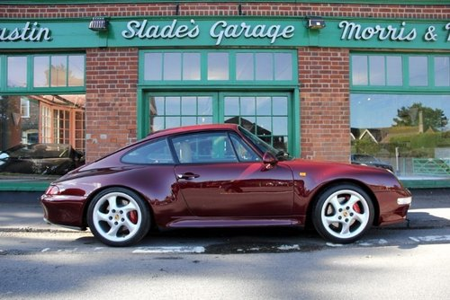 1997 Porsche 911(993)C4S Coupe Manual  SOLD (picture 1 of 4)