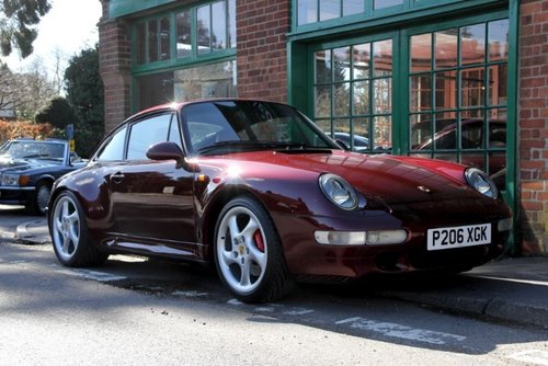 1997 Porsche 911(993)C4S Coupe Manual  SOLD (picture 2 of 4)