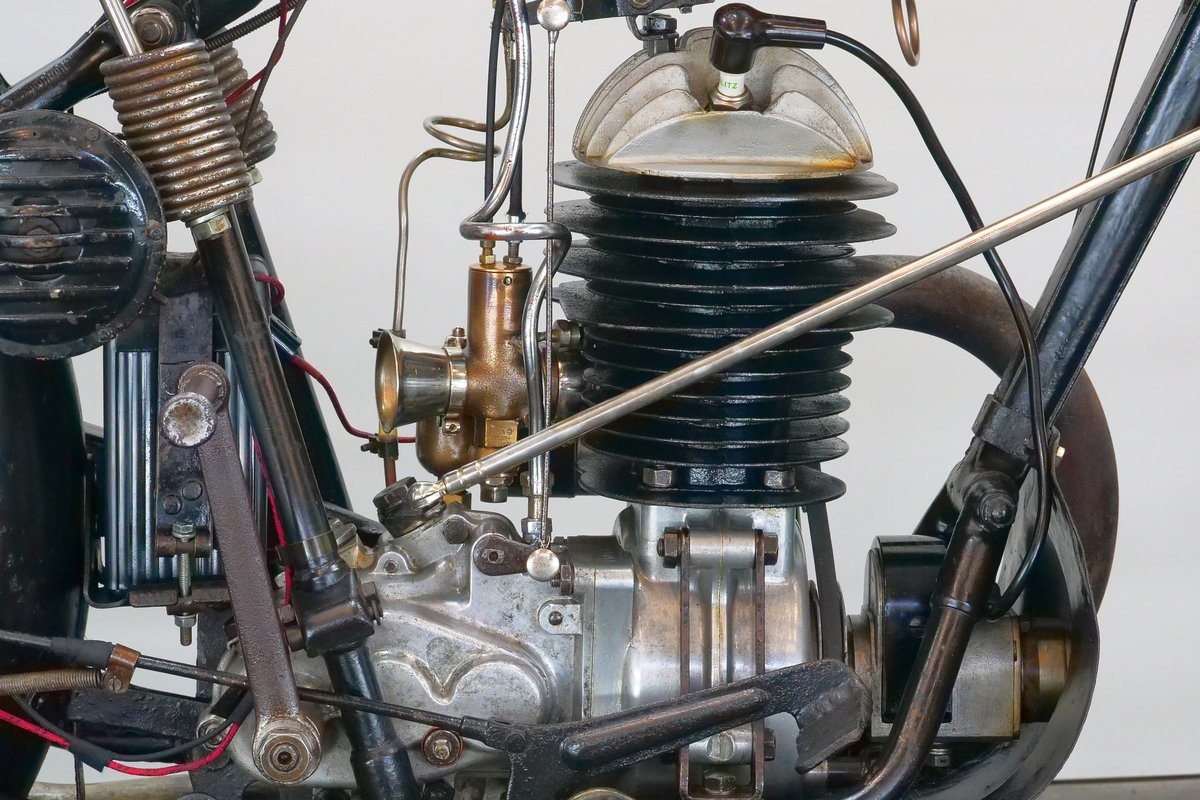 Puch 250 Sport 1932 250cc 2 cyl ts For Sale (picture 5 of 6)