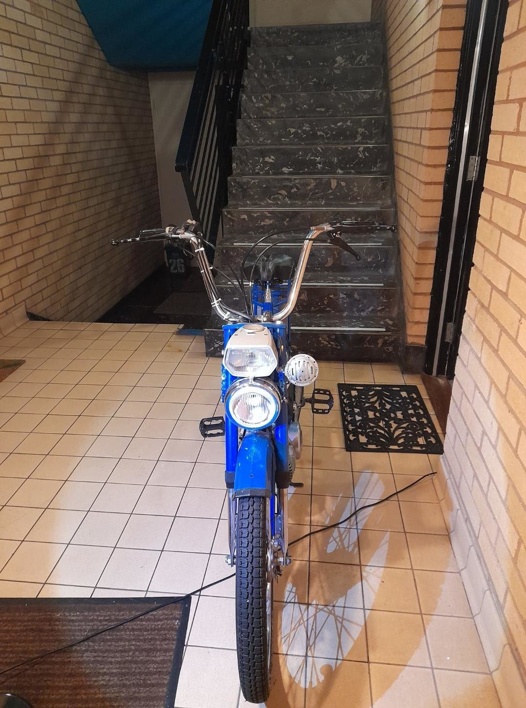 1982 Puch maxi n  For Sale (picture 2 of 6)